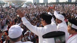Respon Santuy Prabowo Usai PA 212 Meminta Jokowi Mencopotnya